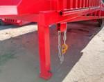2) A lánc megbízhatóan összeköti a rámpát mindenféle teherautóval.