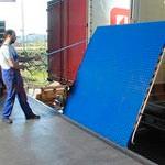 3. Mechanikus rugóhíd — összekapcsolja a dokkoló kapu és a kamion padlója között.